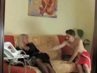 matures and pantyhose 13