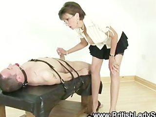 older slut lady sonia acquires weenie to play