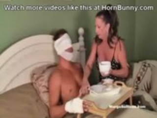 injured son taken care of by mom - hornbunny.com