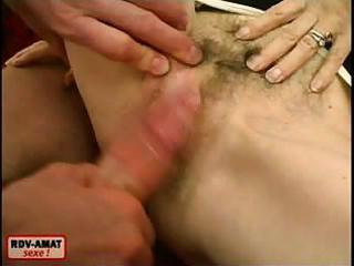 granny spreads legs and acquires a dick rammed