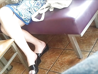 candid feet: working mother i at restaurant