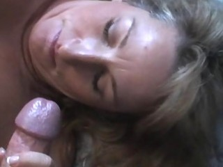 blonde d like to fuck t live without giving a