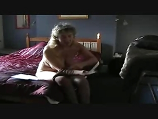 older puts pantyhose on