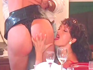 pleasing dinner turns into good group sex