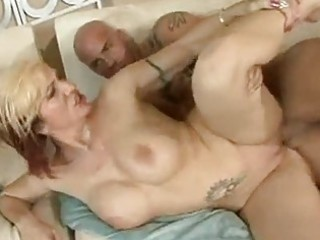 nice-looking momma brittany blaze gets a sticky