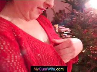 clothed up as a hawt santa a beautiful housewife