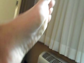 mamas feet