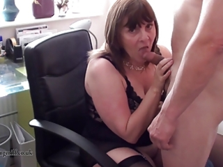 british d like to fuck performs on webcam