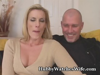 cougar momma finds juvenile guy to fuck