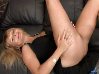 curly twat golden-haired d like to fuck mamma