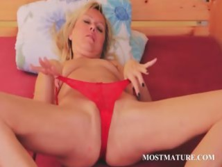 hot aged blondie vibes her lusty cookie