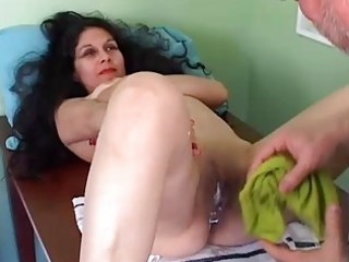 pretty older latin chick gets her pussy shaved