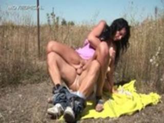 horny milf gets screwed hard outdoor free