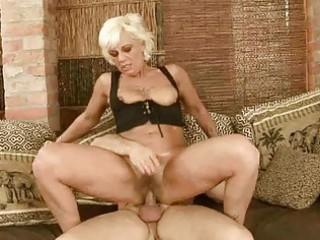 sexy granny receives her bushy pussy fucked hard