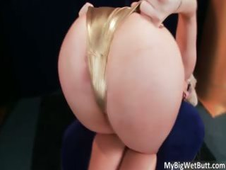 incredible sexy large ass slutty blond mother i