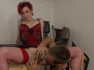 older redhead receives her shaggy bush rubbed and
