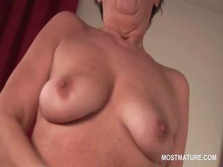 naked bitchy mature masturbating her hairy vagina