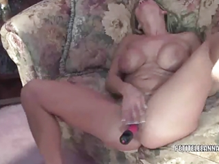 diminutive wife leeanna fucking her toy