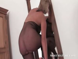 hot mother i in pantyhose riding marital-device