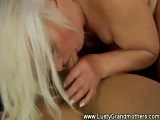 lascivious older gilf does it is all with