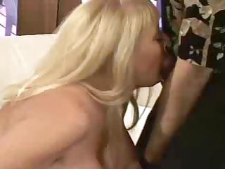 Big Boobs Kayla Kleevage