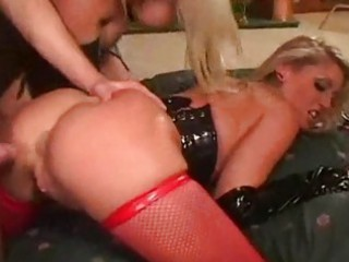moms sexy fuck the coach