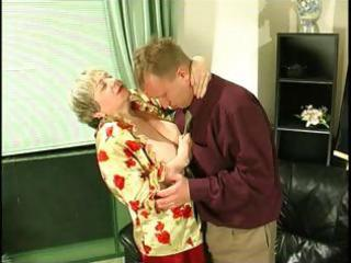 bulky golden-haired granny uses her giant saggy