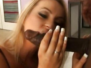 tigth butt teasing blond milf sucks biggest dark