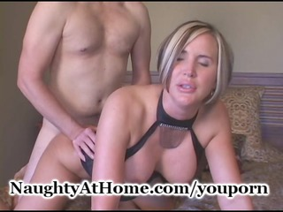 wife copulates young stud
