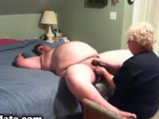 older gives plump hubby worthwhile handjob