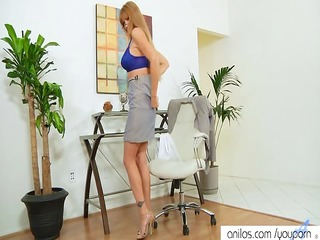 bigtit office mom darla crane