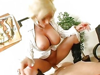 pleasing busty blonde mother i getting her pussy