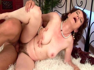 evelyns hairy aged snatch team-fucked