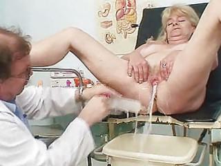 golden-haired grandma kinky fur pie exam with