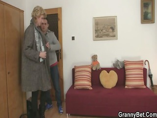 old blond is picked up for cock riding