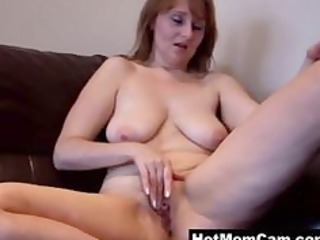 old amateur granny milf working her snatch on cam
