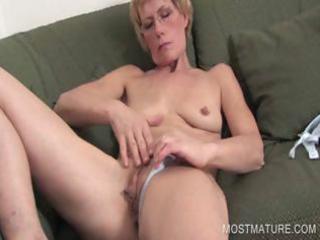 mature blondie fingering vagina