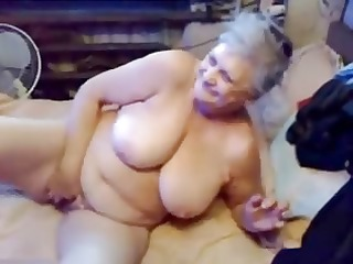 watch my old slut masturbating. dilettante