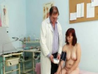Old zita mature pussy speculum examination at