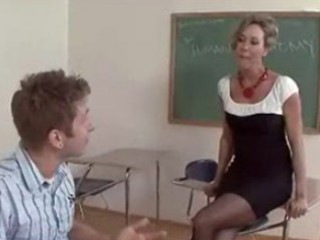 older teacher brandi love