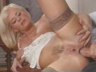 hot italian mother i enjoys double penetration by
