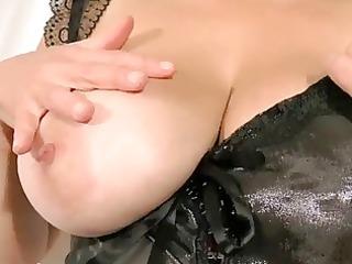 breasty tina - revealing my large boobs