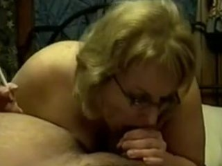 mature cougar smoking irrumation