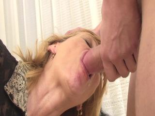 Hot mom cant resist her sons friend