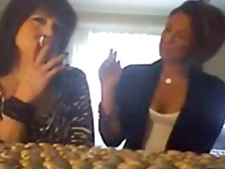 juvenile hotty smokes cigarettes with mamma