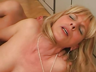 blond older crave to fuck