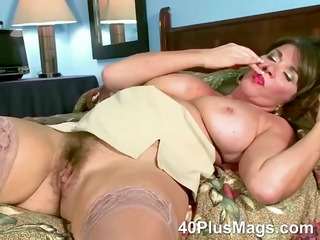 rubbing her ature hairy love tunnel
