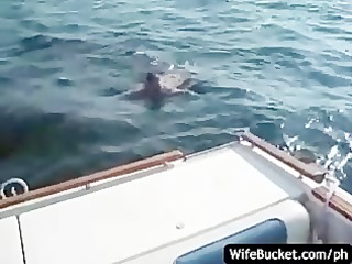 Amateur fuck on the boat