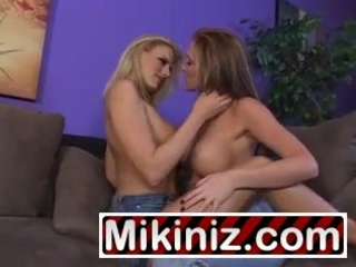 youthful mommies who love pussy darryl hanah