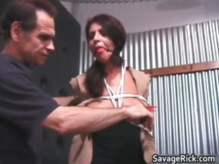 sexy hawt nasty d like to fuck brunette babe gets